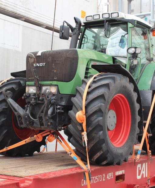 tractor.min